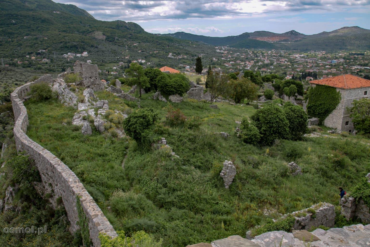 Widok na ruiny Starego Baru