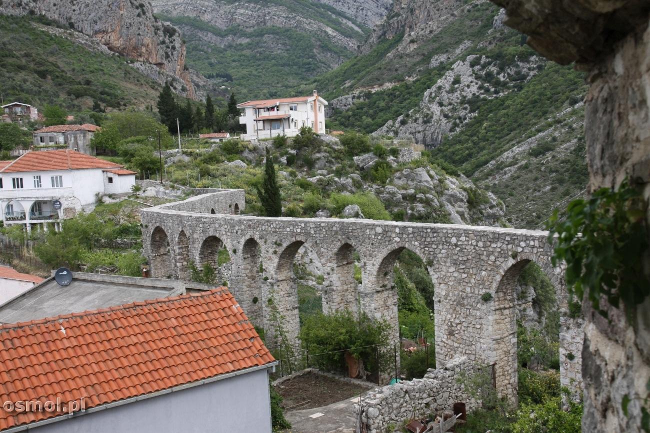 Akwedukt w Starym Barze