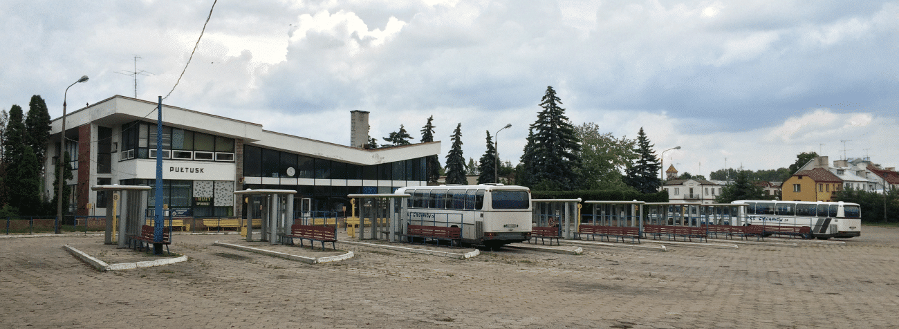 Dworzec autobusowy w Pułtusku