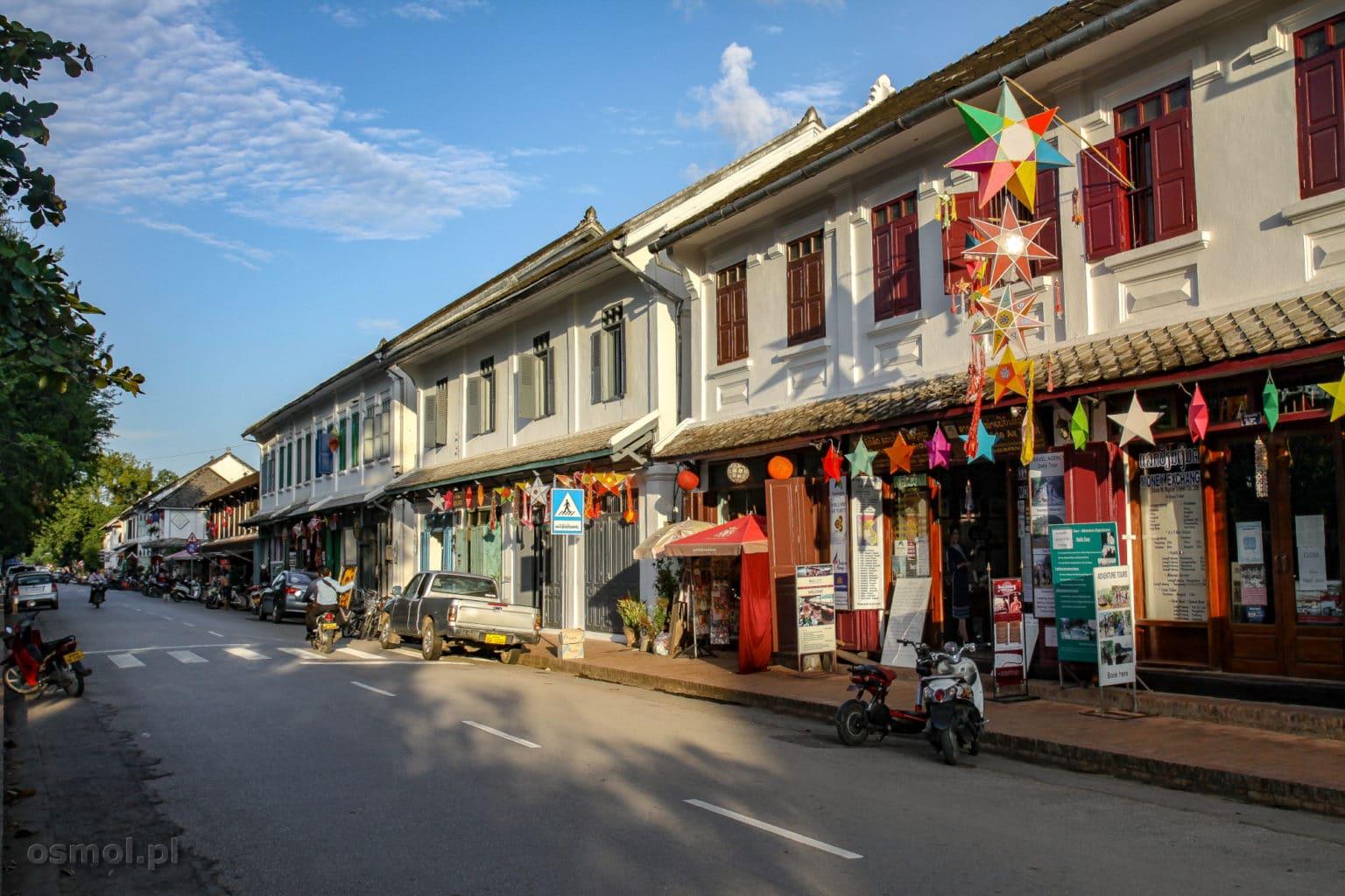 Główna ulica w starej części Luang Prabang