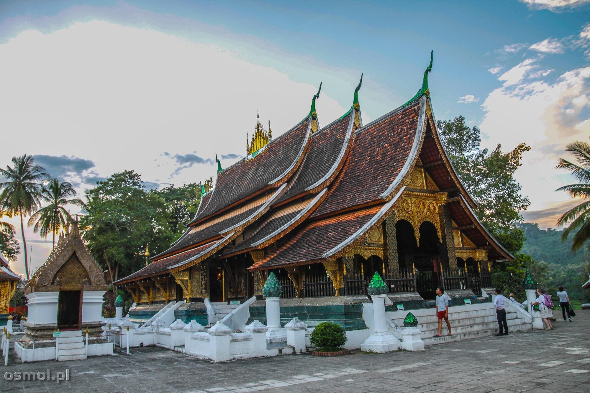 Świątynia Wat Xieng Thong w Luang Prabang. Jedna z najpiękniejszych świątyń w Laosie