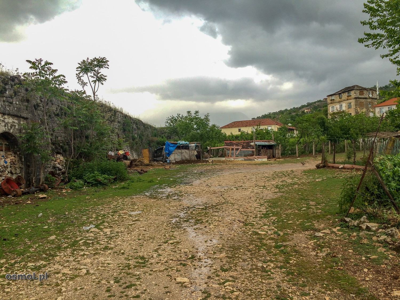 Okolice zamku w Libohovej