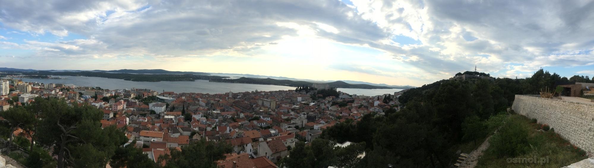 Panorama Szybenika widziana z twierdzy nad miastem