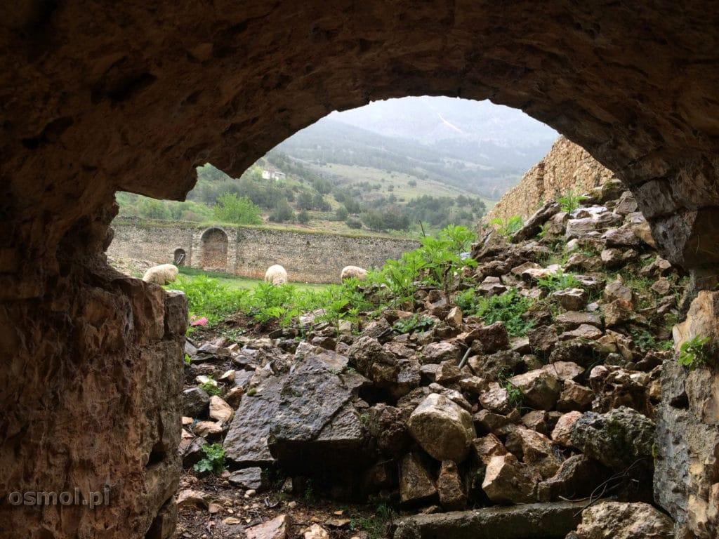 Wnetrze amku w Libohovej Albania