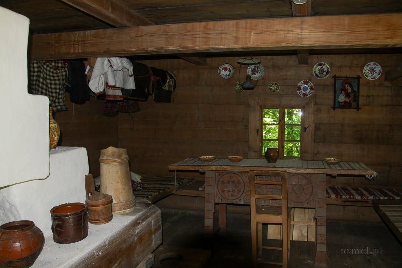 Wnętrze chaty w Gaju Szewczenki we Lwowie