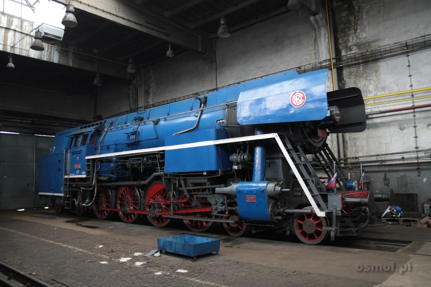 parowoz-w-lokomotywowni