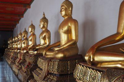 Posągi Buddy w Wat Pho Bangkok