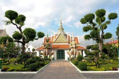 Jeden z budynków w Wat Arun w bangkoku