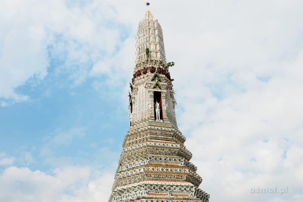 Prang świątyni Wat Pho w Bangkoku