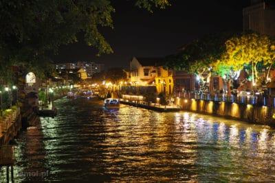 Rzeka Malakka nocą