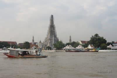 Wat Arun od strony rzeki