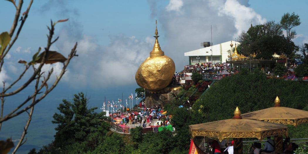 Złota Skała - święte miejsce Birmy