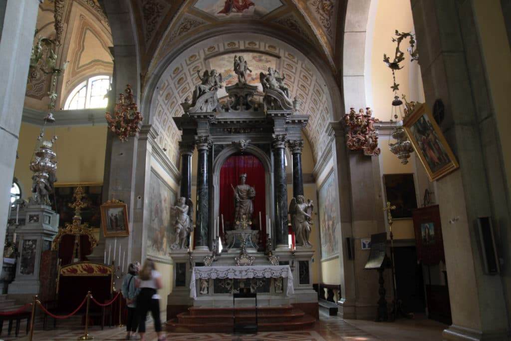Oltarz kosciola św. Eufemii