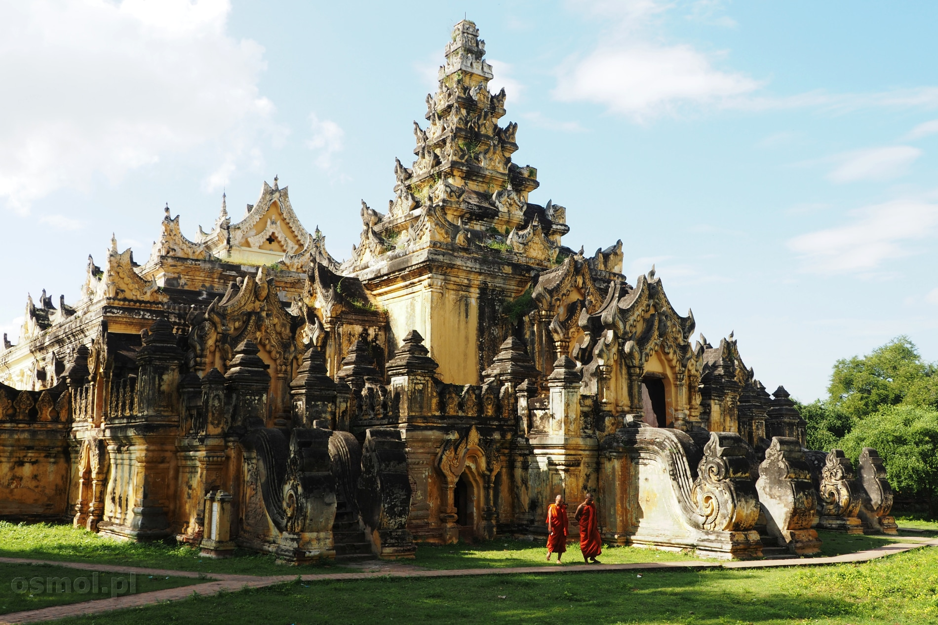 Klasztor Maha Aung Mye Bonzan w Inwie