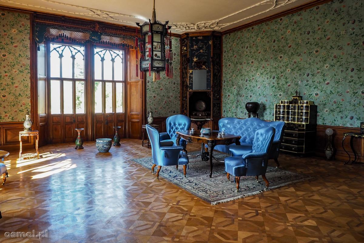 Pokój orientalny w pałacu w Lednicach z rzeczami przywiezionymi z Chin, Japonii i innych krajów Dalekiego Wschodu
