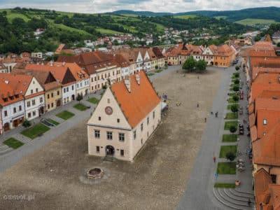 Rynek w Bardejovie widziany z wieży kościoła św. Idziego