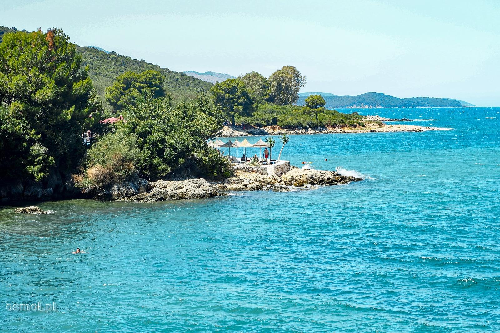 Błękitna woda w Ksamilu Albania