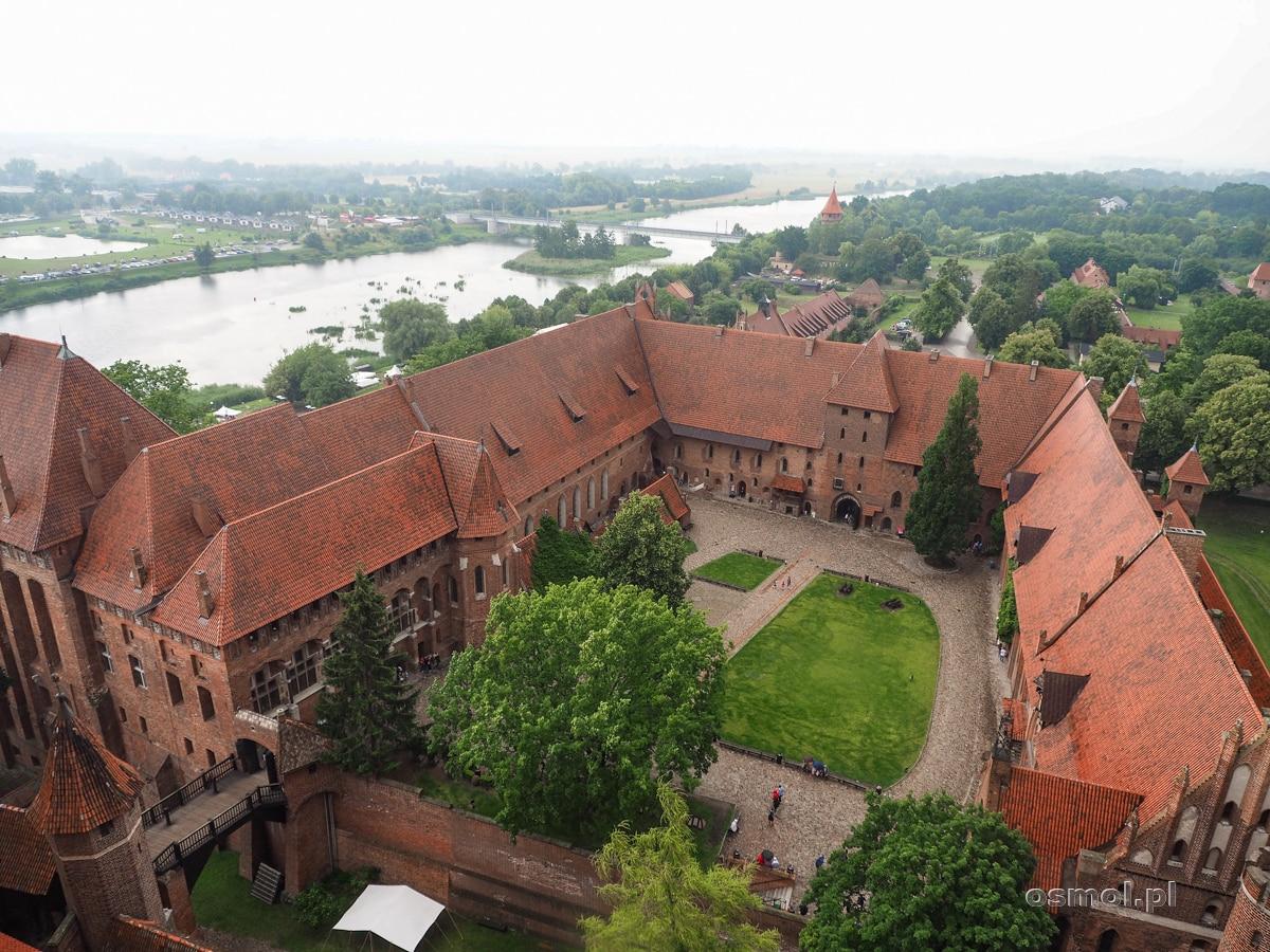 Zamek w Malborku widziany z wieży