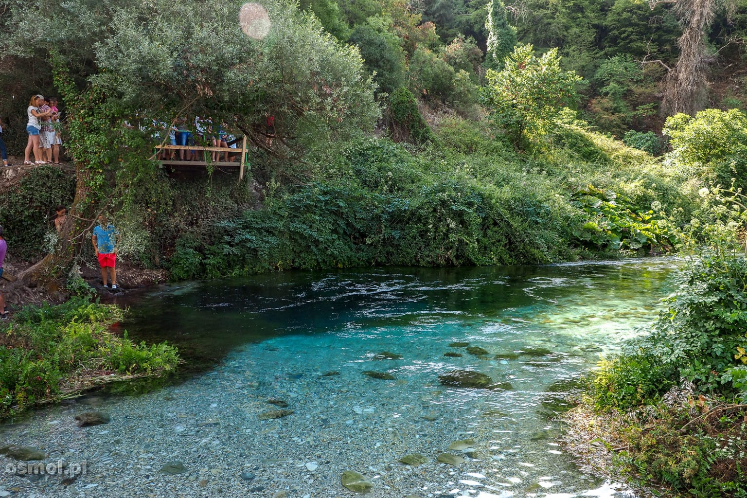 Platforma widokowa obok Niebieskiego Oka w Albanii