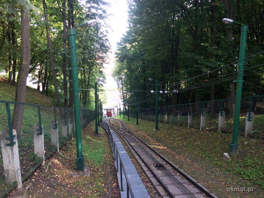 Szyny funicularu w Kownie