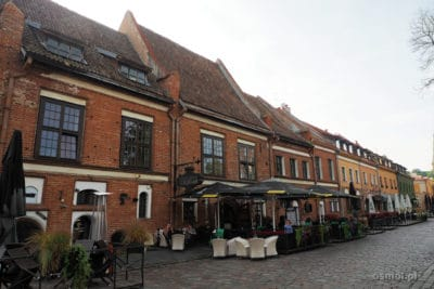 Kamieniczki wokół Placu Ratuszowego w Kownie