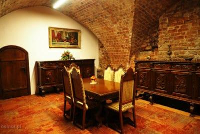 Sala w muzeum ratuszowym w Kownie