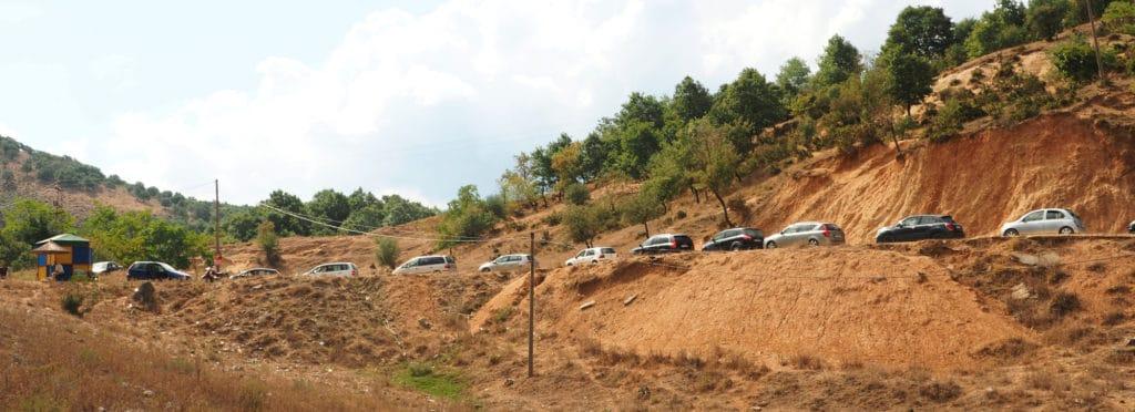 Samochody w Drodze do Syri i Kalter