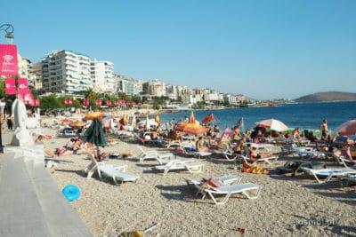 Plaża w Sarandzie - Riwiera Albańska