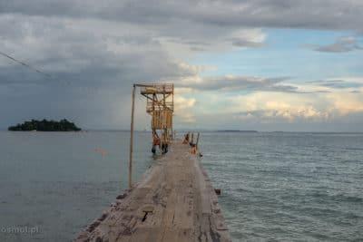 Pomost na wyspie Koh Rong