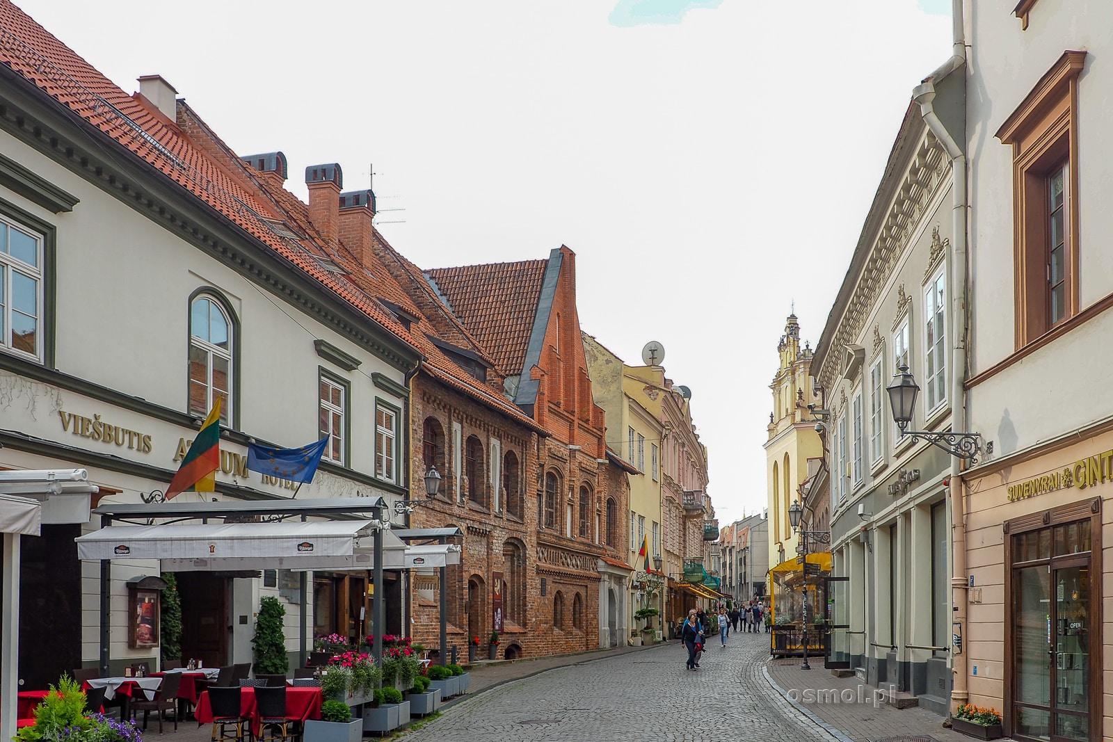 Ulica Zamkowa - główna turystyczna ulica w Wilnie