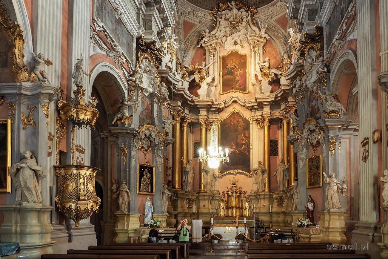 Wnętrze kościoła w Wilnie