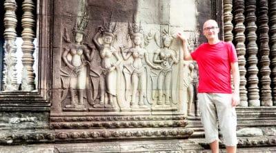 Angkor Wat płaskorzeźby w murach świątyni