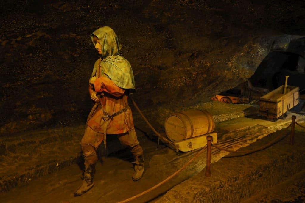 Dawne sposoby transportu brył solnych w Wieliczce