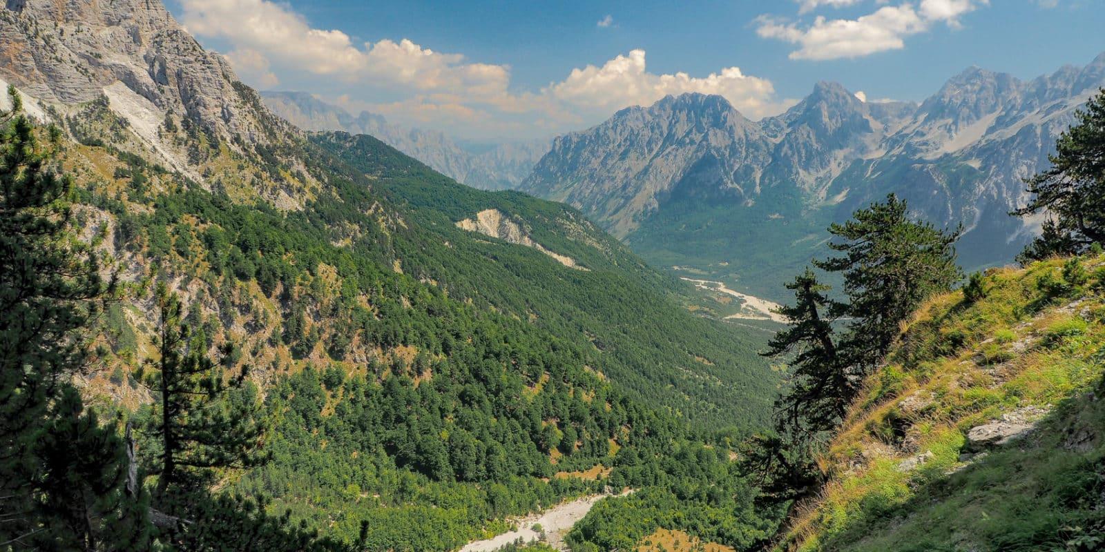 Góry Przeklęte w Albanii - szlak prowadzący z Valbony do Theth