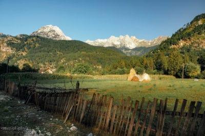 Rano w Dolinie Valbony Albania
