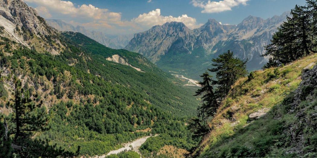 Widoki na szlaku trekkingu z Valbony do Theth