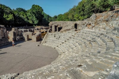 Ruiny teatru w Butrincie