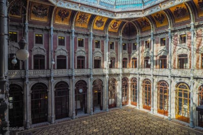 Sala Narodów w Pałacu Bolsa Porto