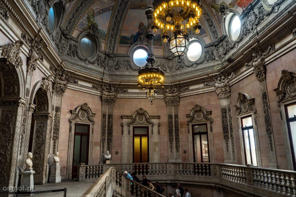 Klatka schodowa w Pałacu Bolsa