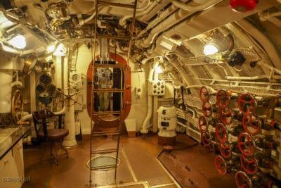 Wnętrze okrętu w Lennusadam baza wodnosamolotow
