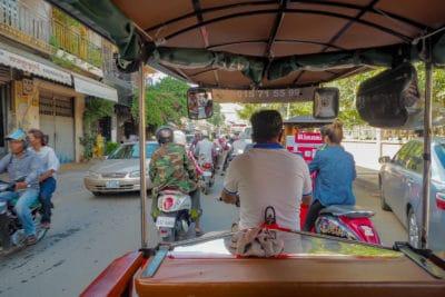 Jazda tuk tukiem po stolicy Kambodży Phnom Penh