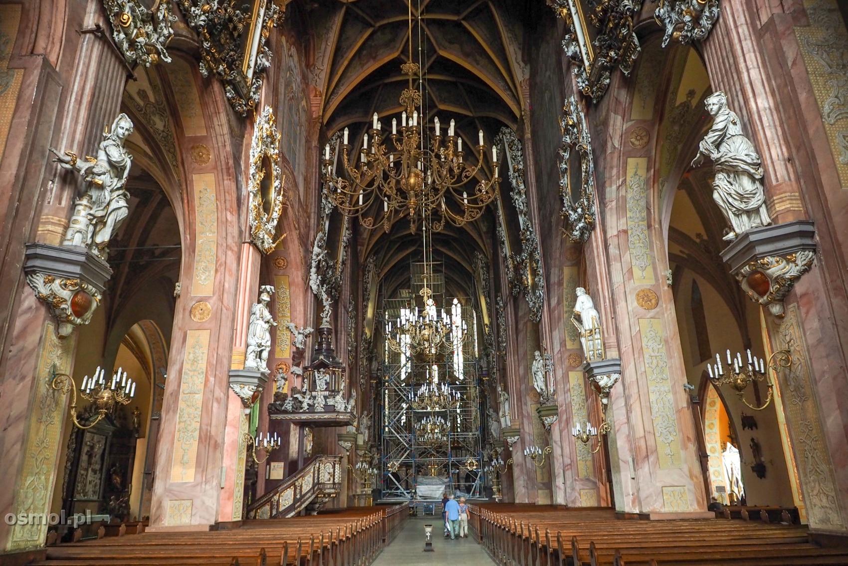 Wnętrze katedry w Świdnicy