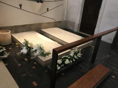 Groby Hiacynty i Łucji w Fatimie