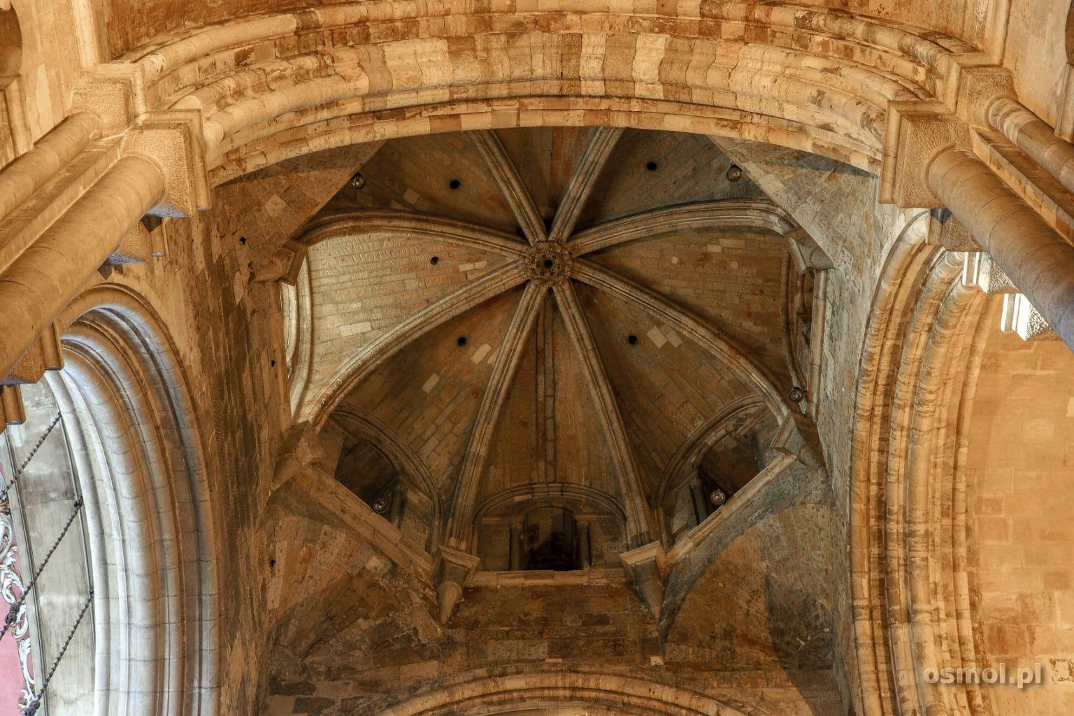 Sklepienie katedry w Lizbonie