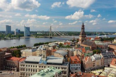 Panorama Rygi widziana z wieży kościoła św. Piotra