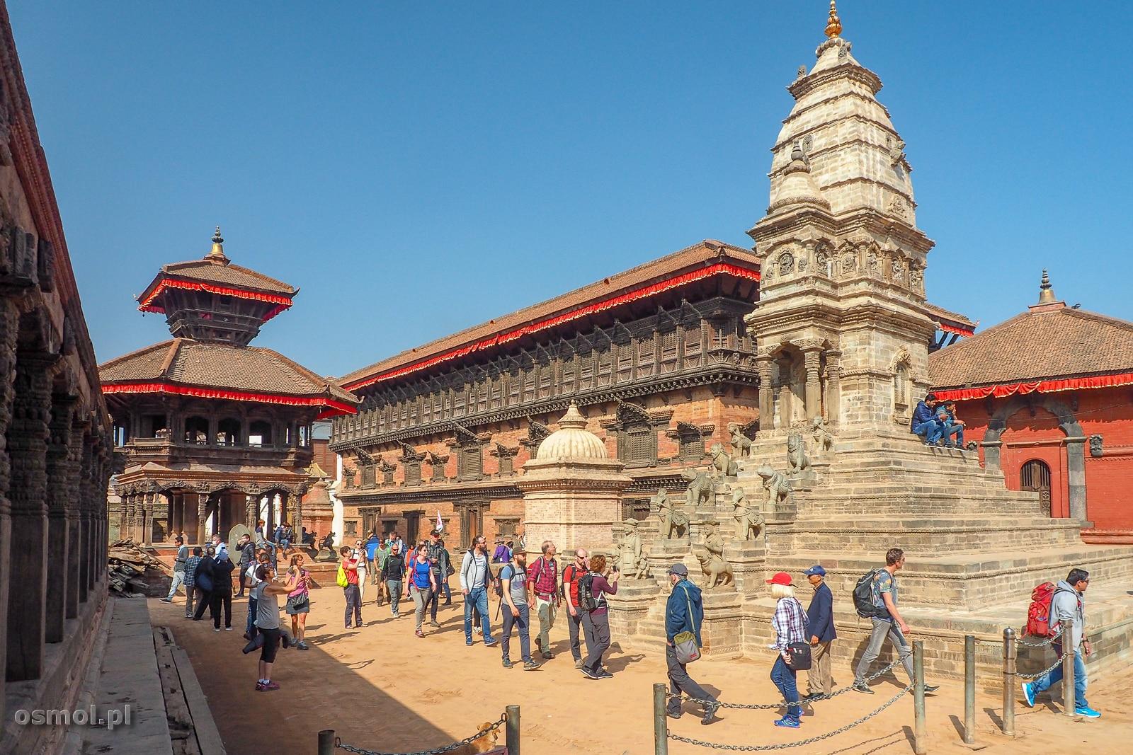 Wejście na Durbar Square w Bhaktapurze