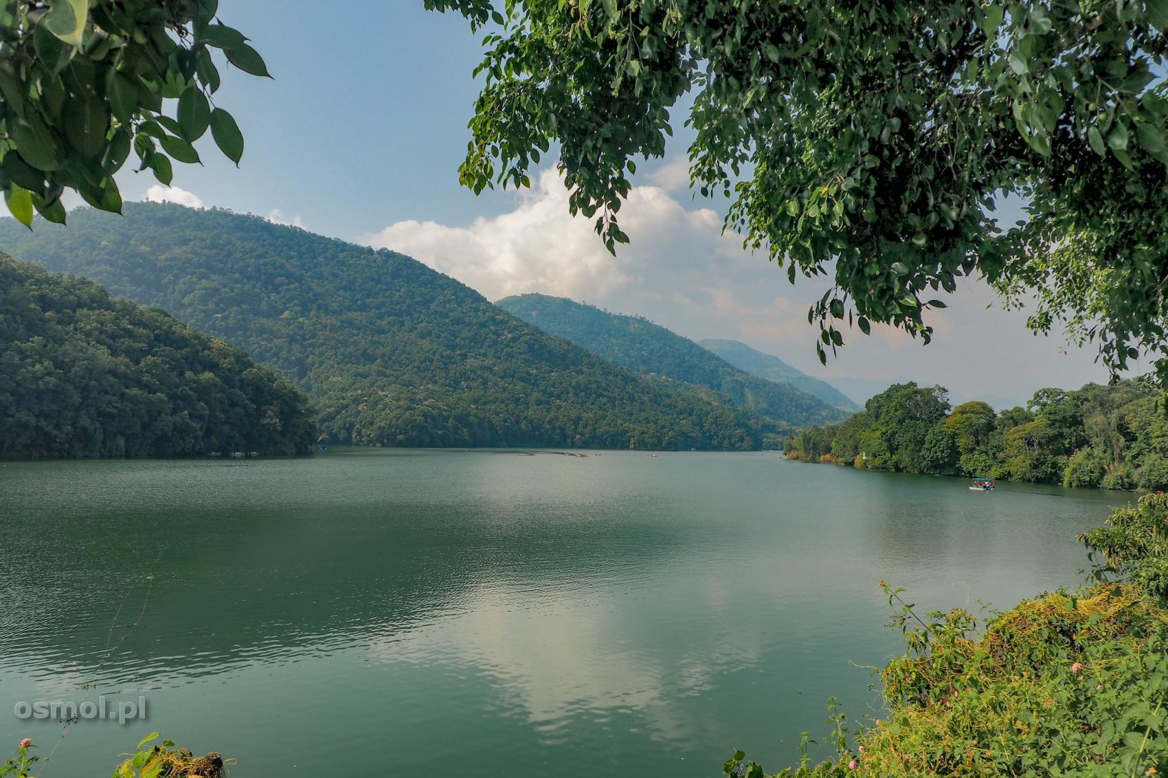 Jezioro Fewa w Pokharze