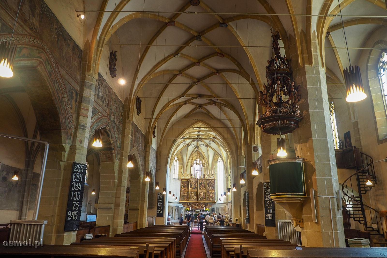 Wnętrze kościoła św. Małgorzaty w Medias