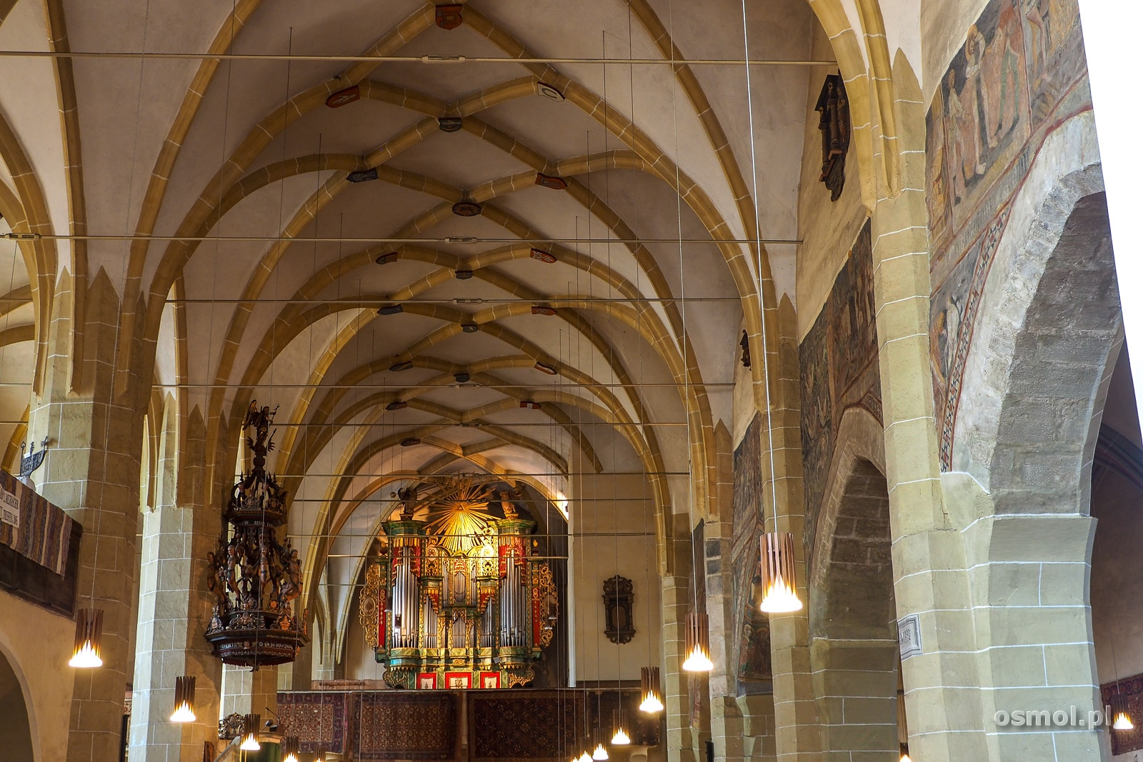 Organy w kościele św. Małgorzaty w Medias.