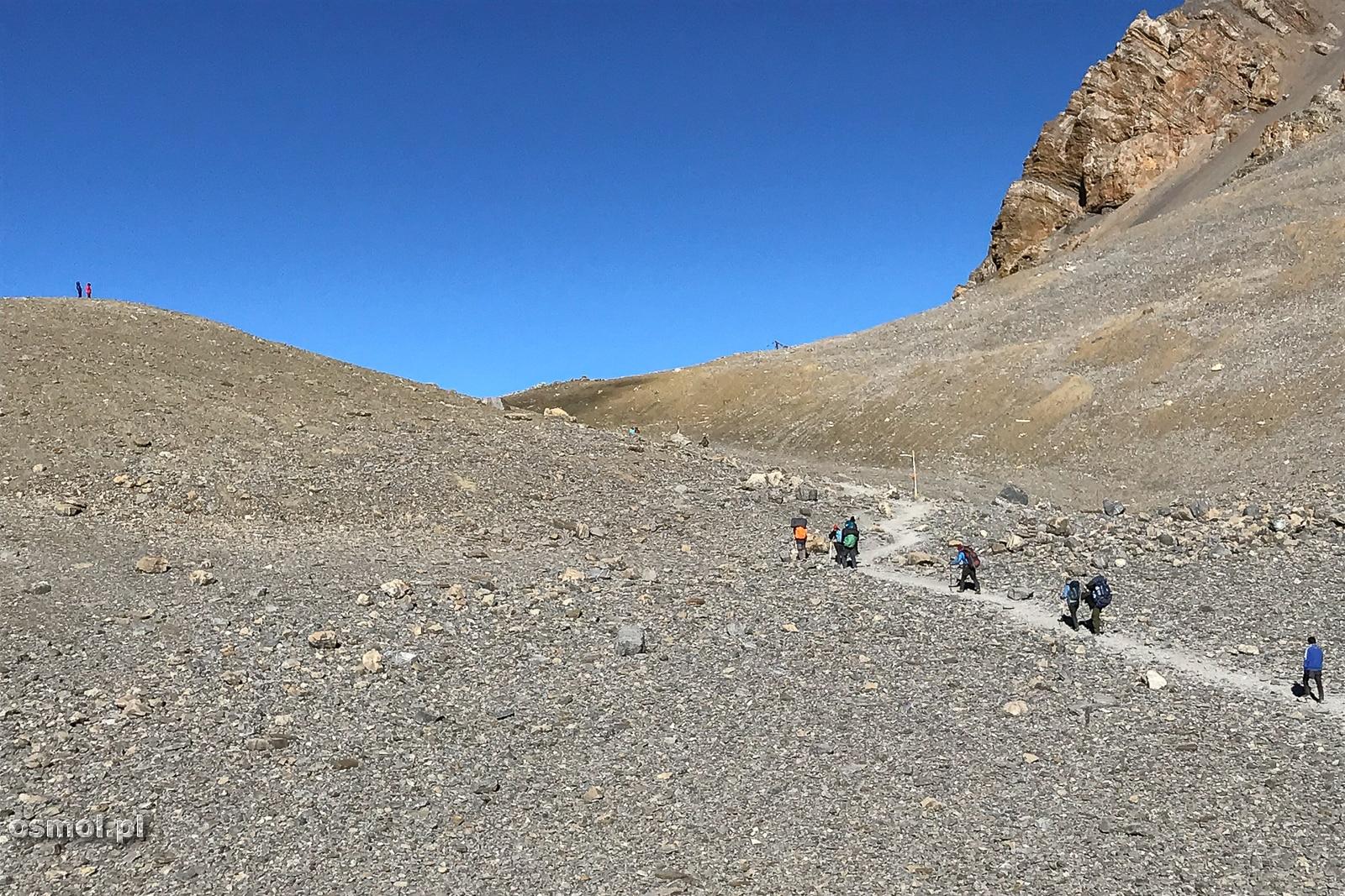 Szlak do przełęczy Thorong La.